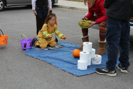 kids bowling for ghouls at a Halloween healthy trunk or treat