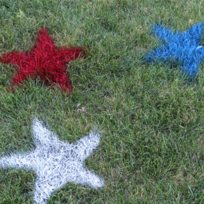 4th of July painted lawn stars